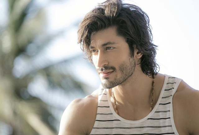 Vidyut Jamwal Biography, Age, Height, Weight, Girlfriend or Wife, Upcoming Movies, Social Media, Images