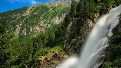 Ravishment: Beautiful Nature - Water Fall HD Latest Wallpaper 1080p