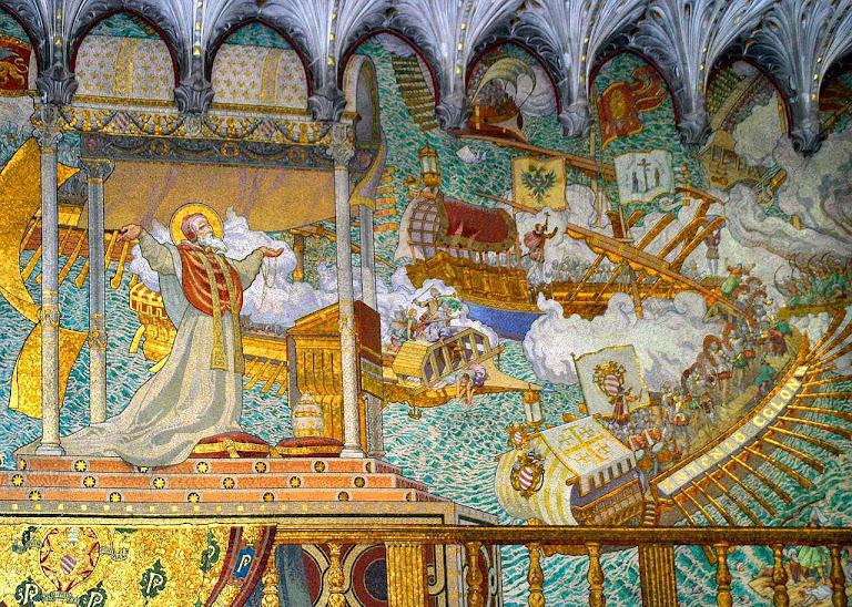 Batalha de Lepanto, 7 de outubro de 1571, em que os inimigos da Igreja, muito mais numerosos, foram derrotados, graças à milagrosa intervenção de Nossa Senhora. Mosaico na igreja de Fourvières, Lyon.