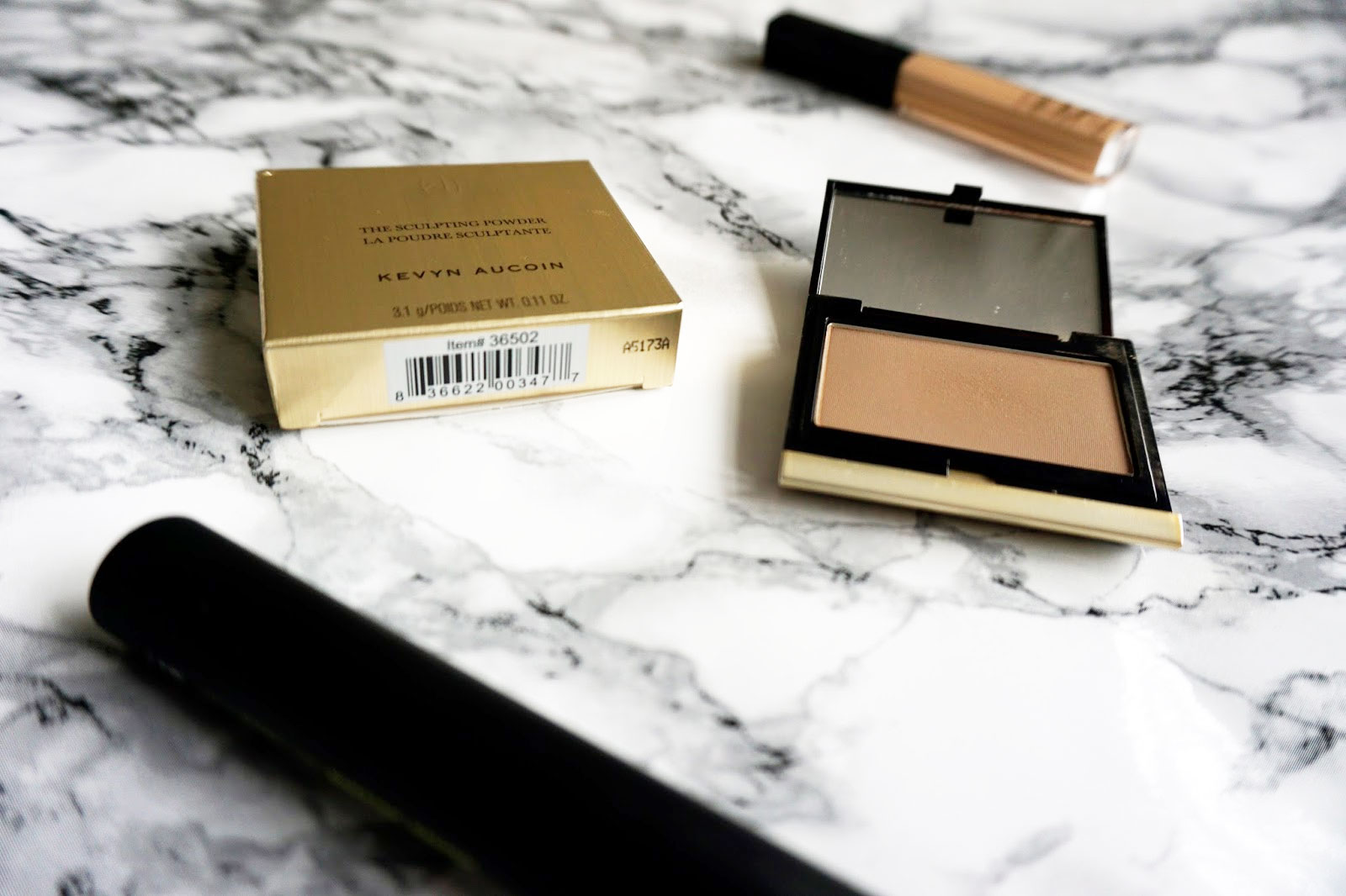 Kevyn Aucoin Sculpting Powder in Medium Review