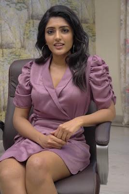 Actress Eesha Rebba At Ragala 24 Gantallo Movie Interview