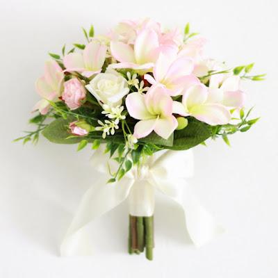 プルメリアのブーケ(ピンク)-ウェディングブーケと花髪飾りairaka