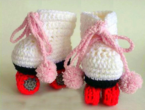 crochet pattern baby booties roller skates