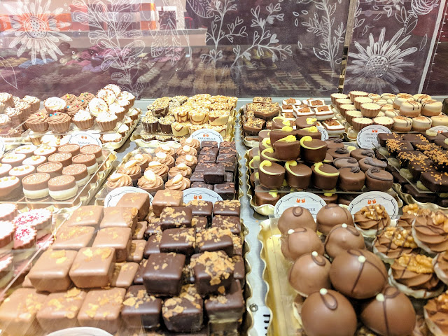 Shopping in Ljubljana Slovenia: La Chocolate Chocolate and Tea Shop