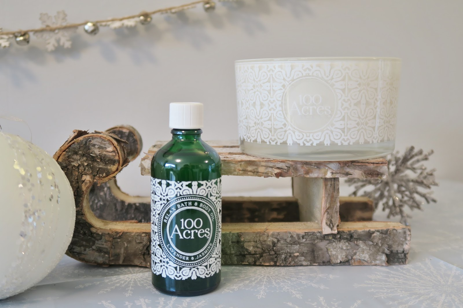 Amber's Beauty Talk Christmas Gift Guides | 100 Acres Signature Candle & Relax Bath and Body Oil