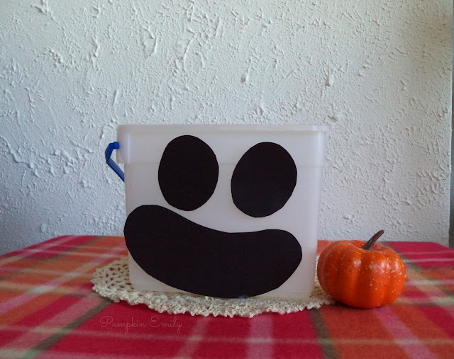 DIY Ghost Trick or Treat Bucket