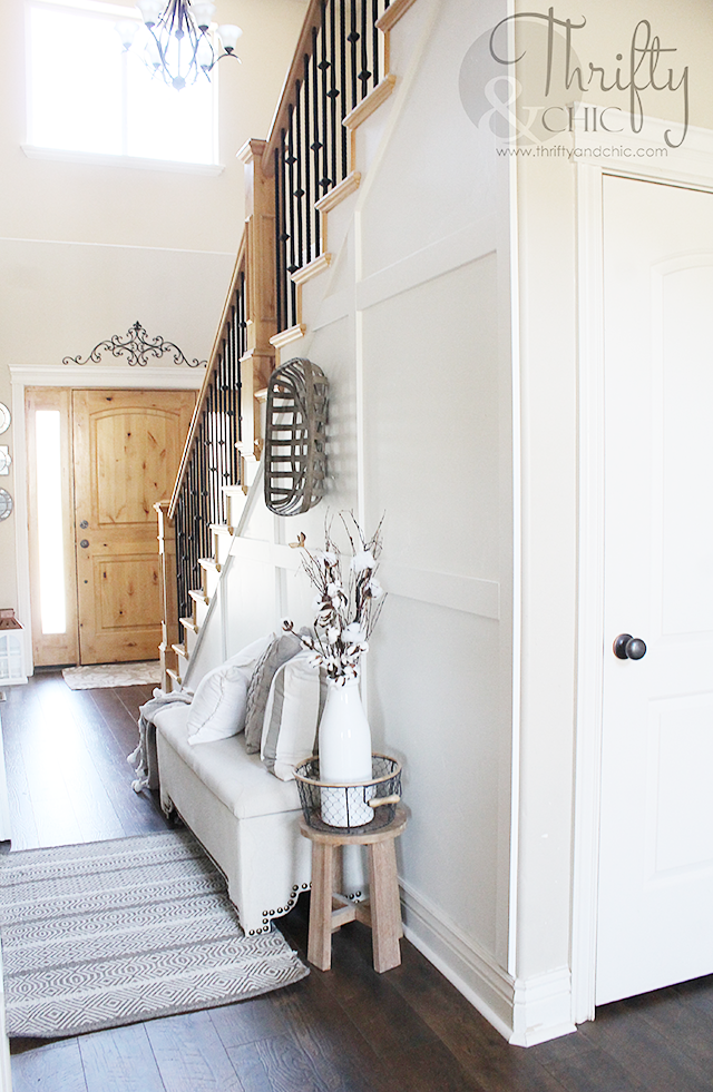 White and neutral farmhouse cottage entry way decor and decorating ideas. Two story entry way ideas.