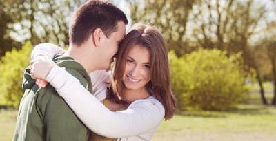 10 Kalimat Sederhana Pertanda Dia Ingin Lebih Dekat dengan Anda