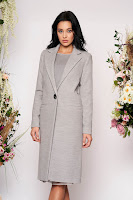 Palton LaDonna gri basic cu un croi drept din lana captusit pe interior