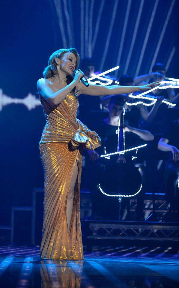 Kylie X Jordyn Collection Gloss: Celebrity News Portal: Kylie Minogue
