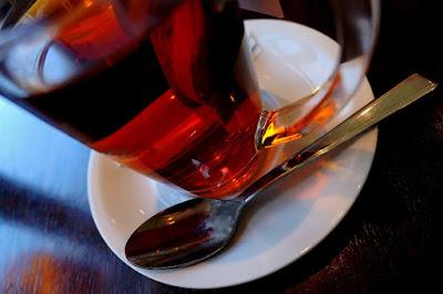 A multutasking szünetében: egy csésze tea