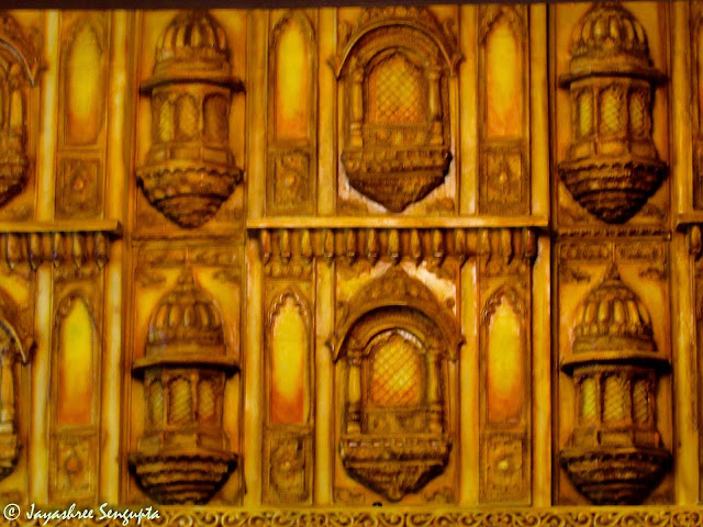 The clay works on the side walls of a Pandal