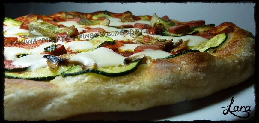 http://cucinaconlara.blogspot.it/2014/05/pizza-con-lievito-madre-e-malto-tostato.html