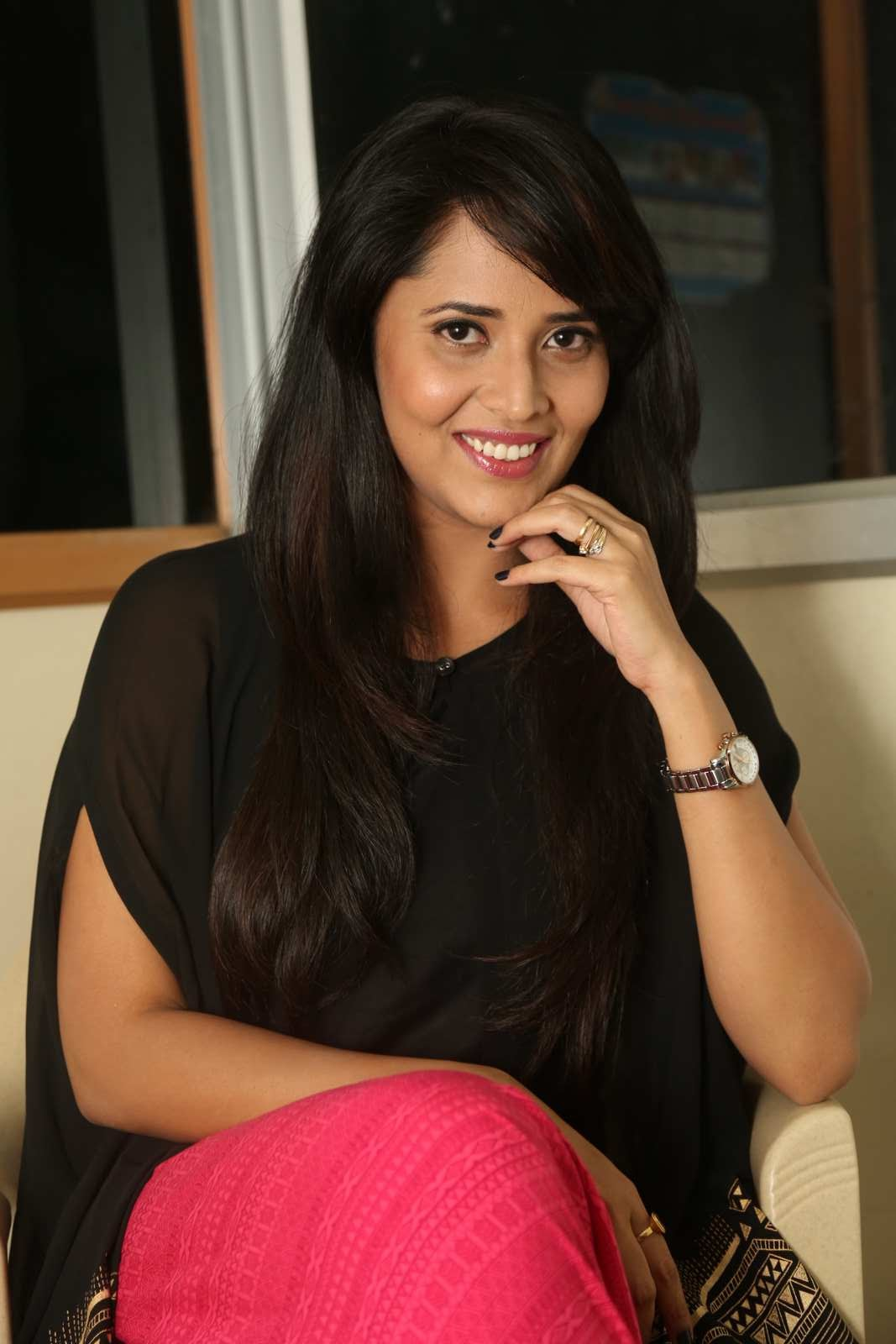 Glamours Tollywood TV Anchor Anasuya Photos In Black Kurti Salwar