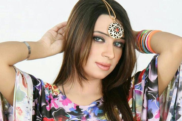 Female-Indian-Escort-In-Dubai