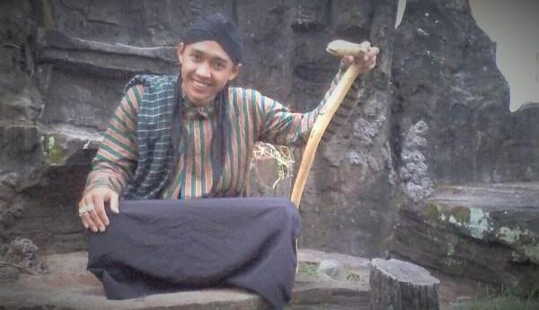 Alunan cinta Sukardi, Seorang santri salafi 01