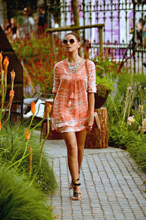 http://www.tcstyleclues.com/2016/07/casual-coral.html