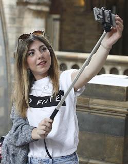 Selfie Natural History Museum