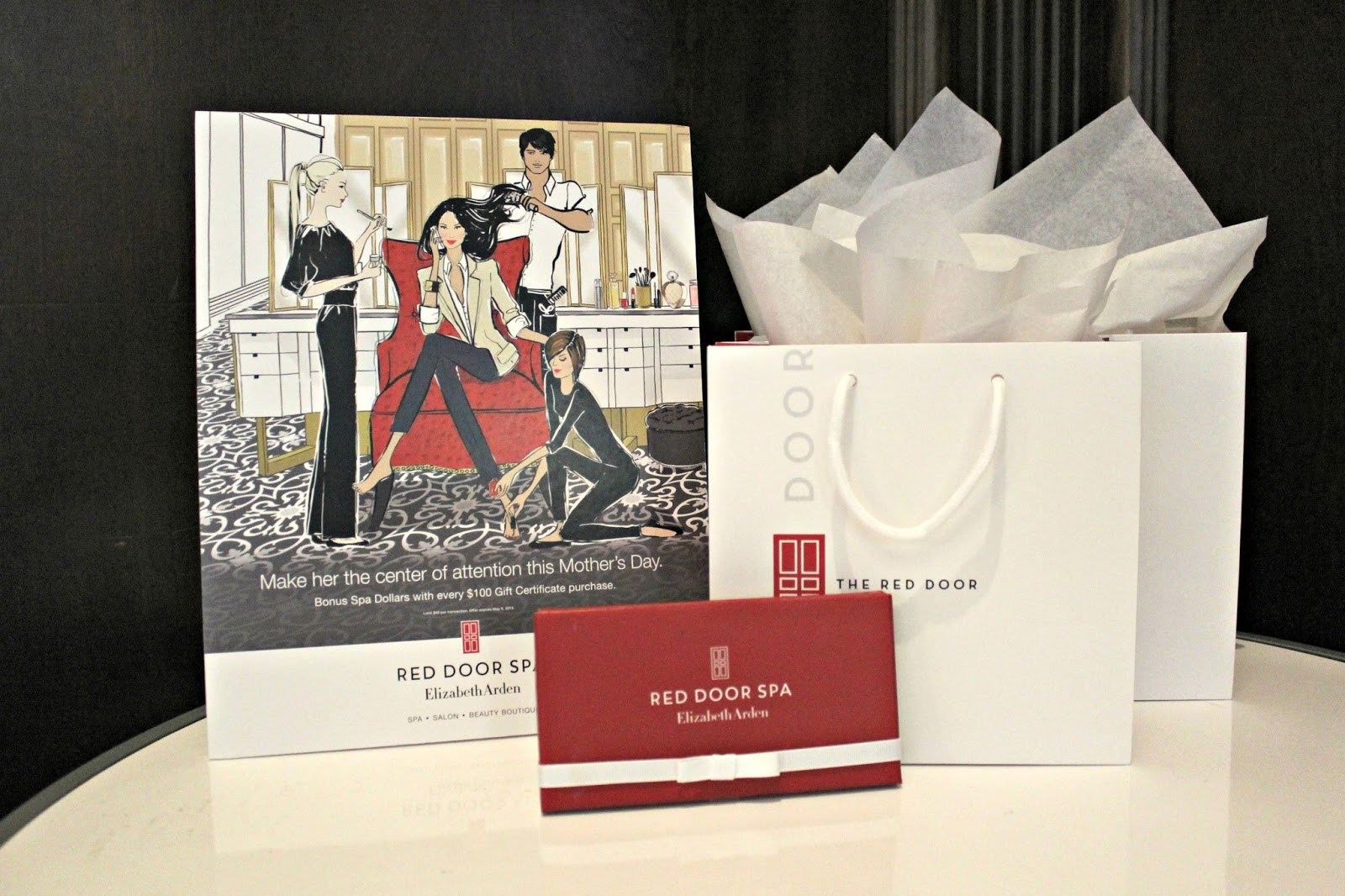 Decorating red door gifts photos : Michelle's Pa(i)ge | Fashion Blogger based in New York: THE RED ...