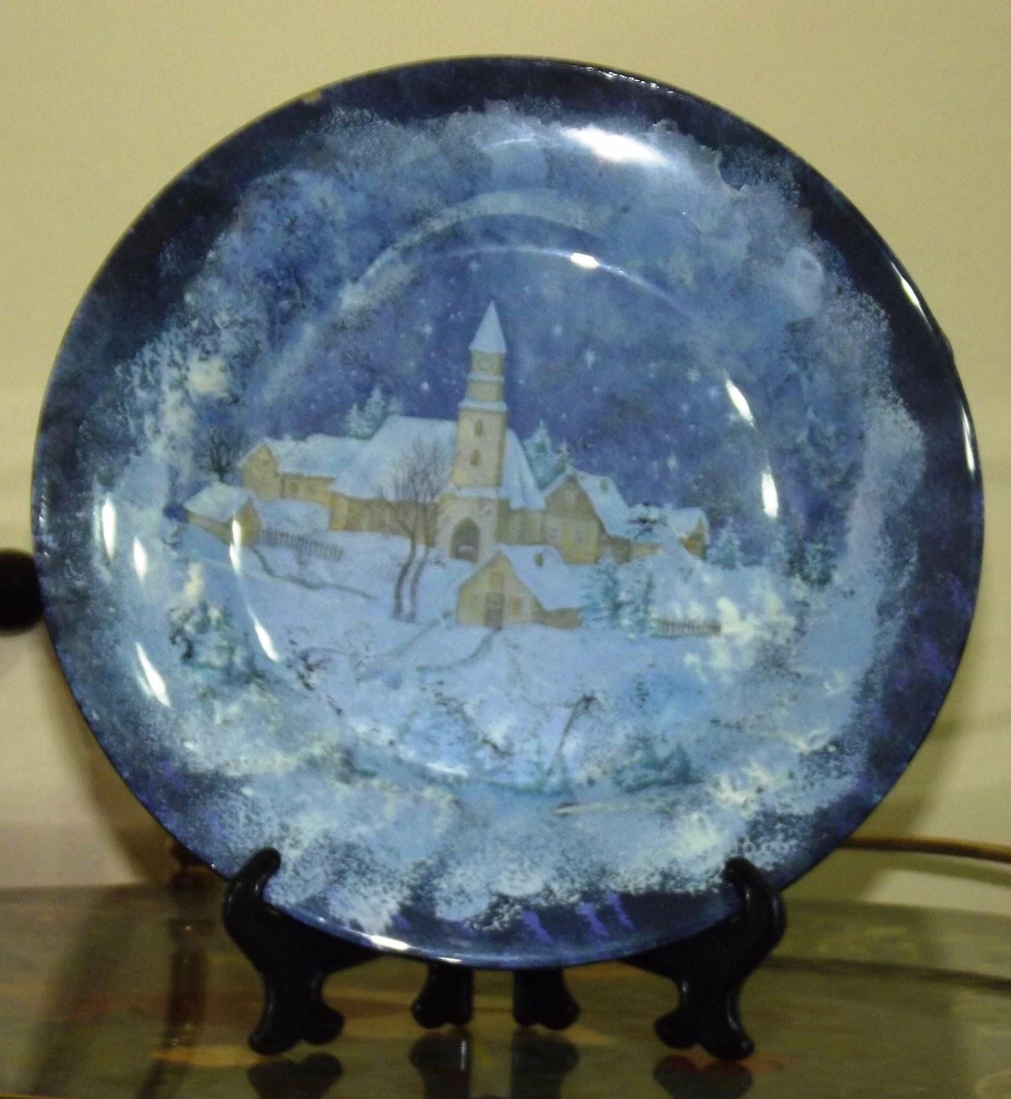 Alice ci propone il decoupage su ceramica; L Angolo Di Daggry Piatti Di Natale A Decoupage