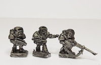 Left picture. SF1x Old style marines, in battle armour