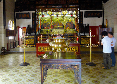 Fabulous Chinese Temple Interior