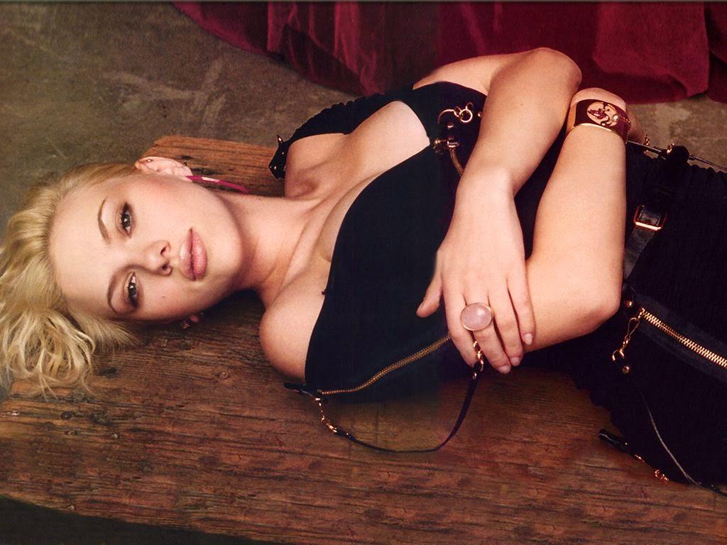 Underwear models scarlett johansson - Scarlett johansson blogspot ...