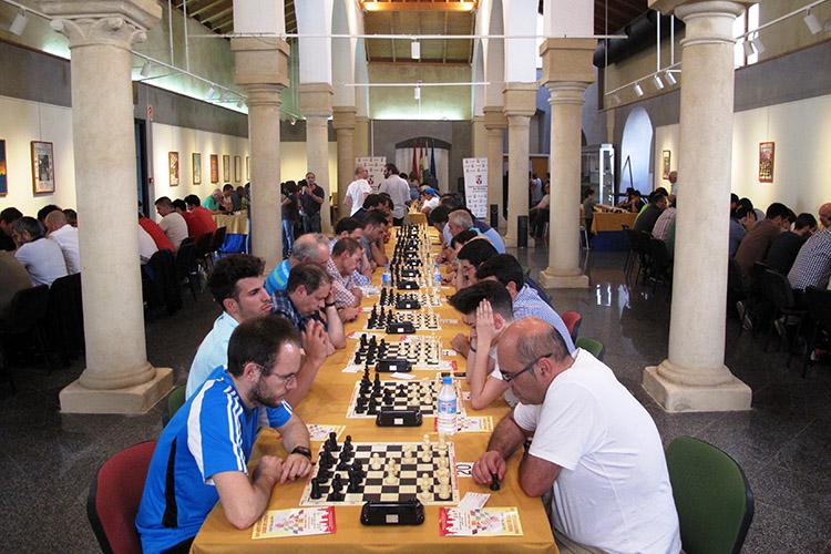 Resultado de imagen de dos hermanas ajedrez