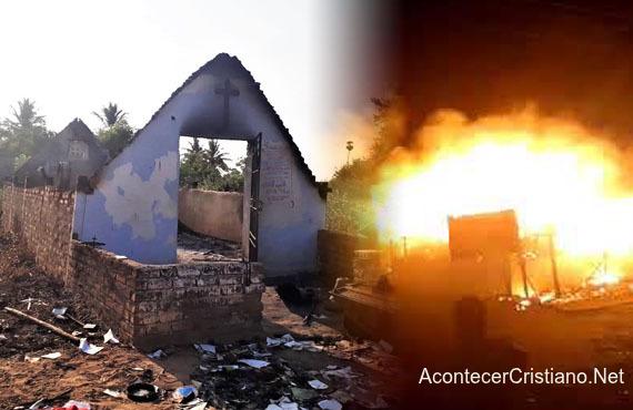 Queman iglesias en la India