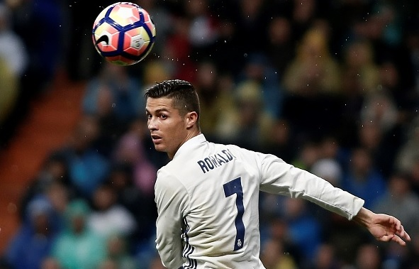 Cristiano Ronaldo agrees new Real Madrid deal
