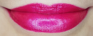 Avon mark. Epic Lip Lipstick in Luv U