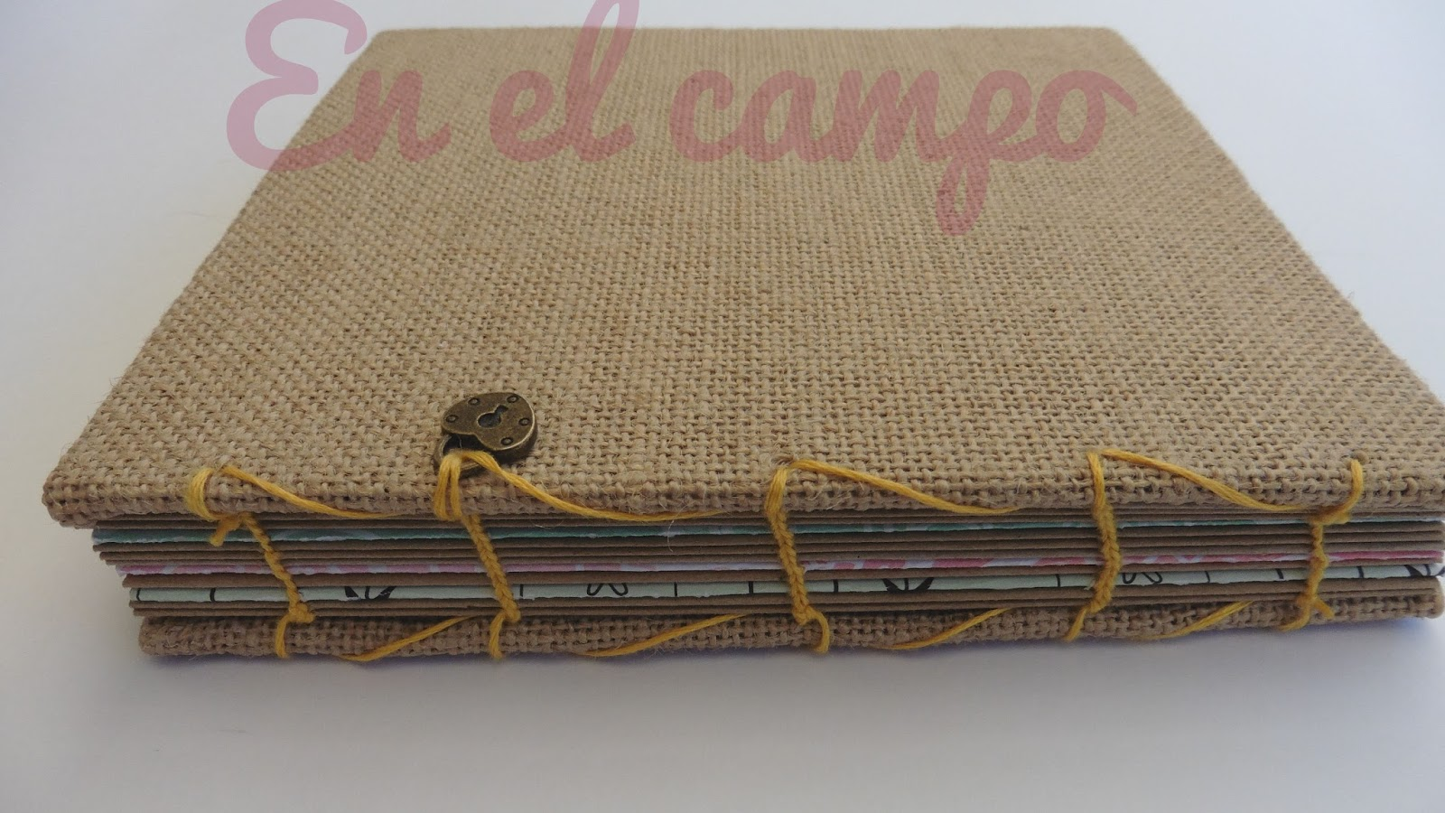 mini lbum con tela de arpillera