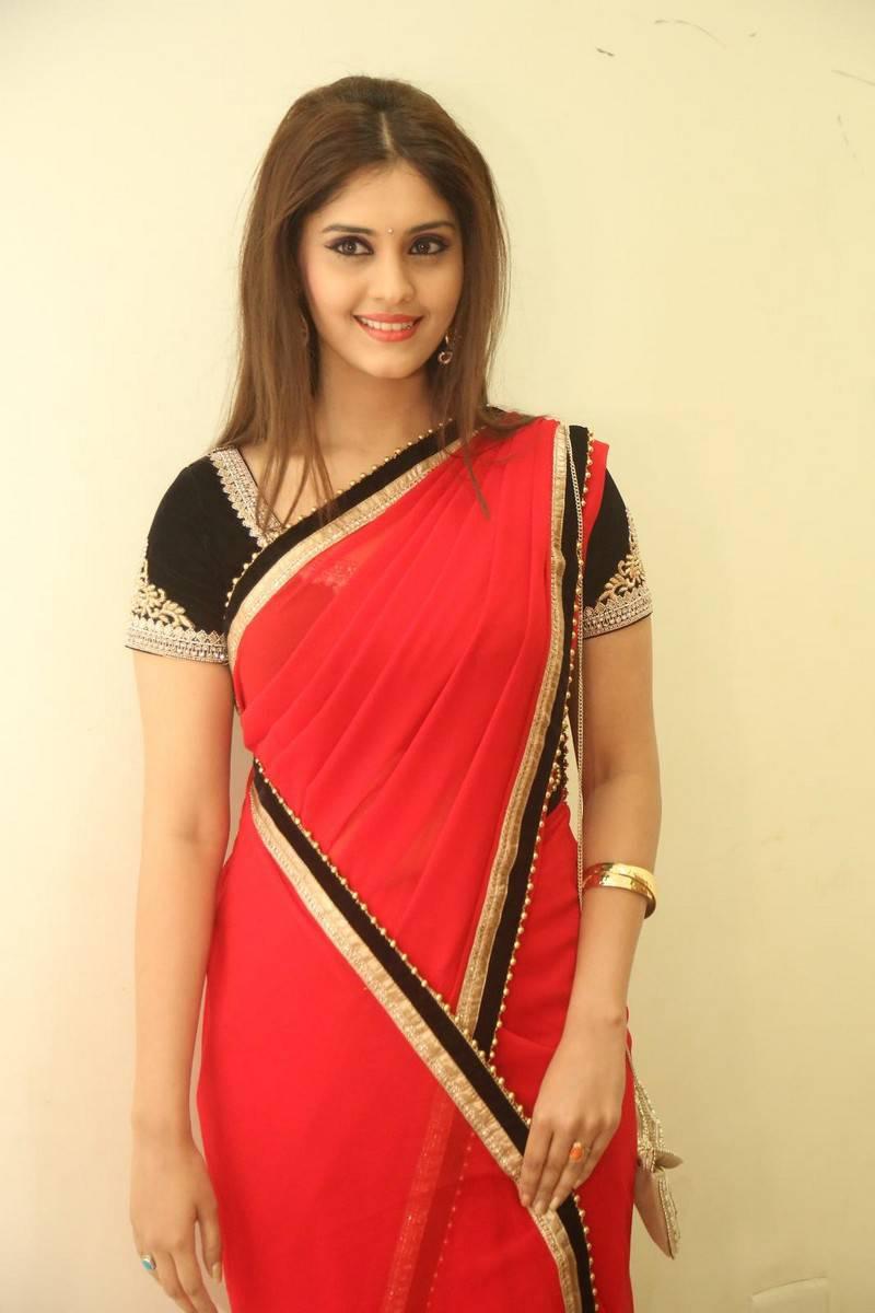 Indian Hot Actress Surabhi Hip Navel Show In Transparent