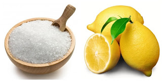 sử dụng nguyên liệu tự nhiên để làm sạch thiết bị vệ sinh