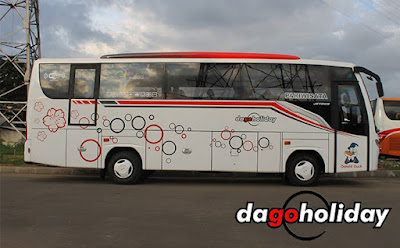 Liburan seru bersama bus pariwisata milik Dago Holiday