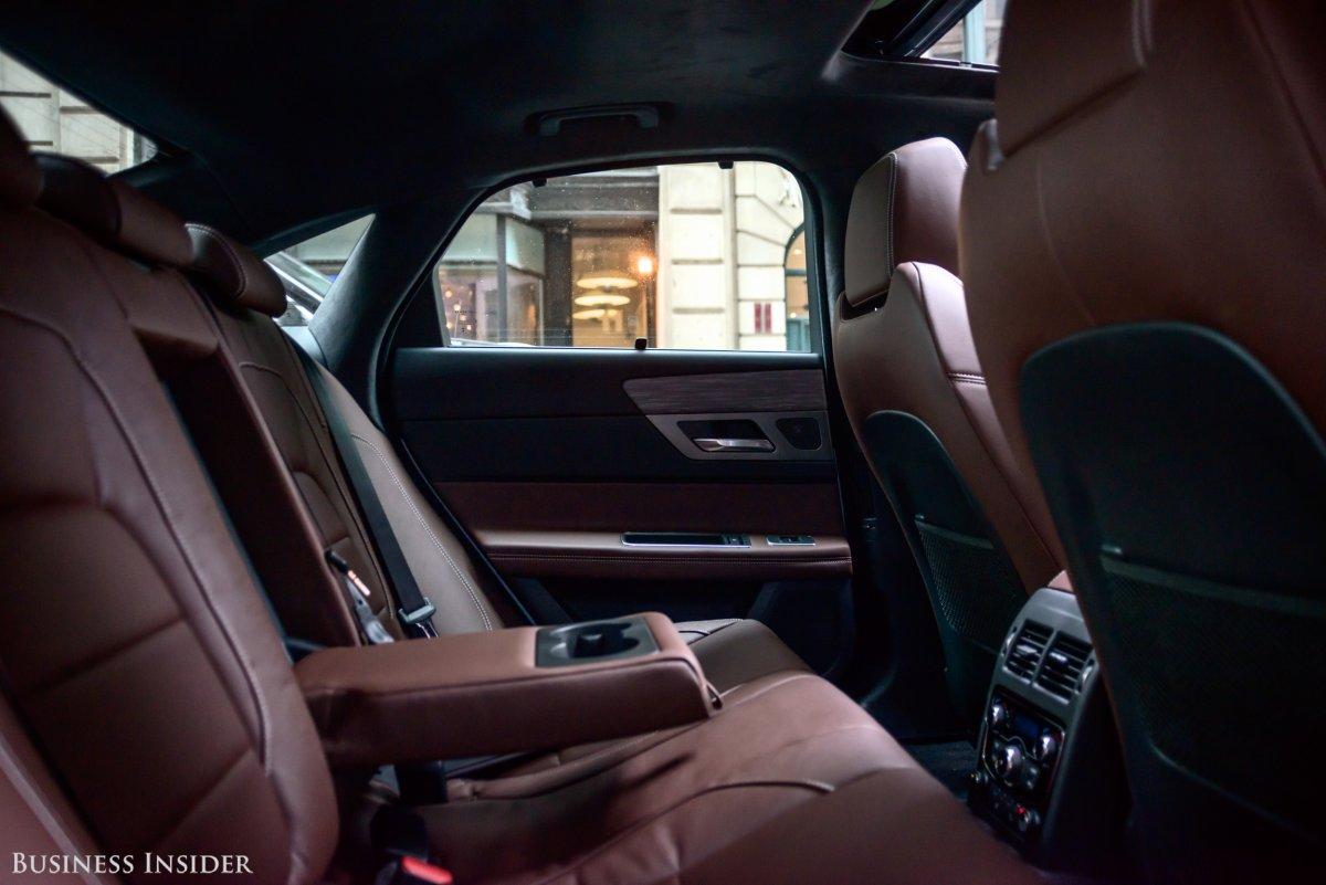 Nội thất Jaguar XF
