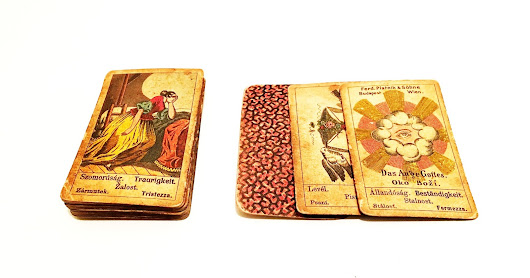Article: Fortune Telling Cards, Ferd Pianik & Sohne, Wien, c.1800 | Museum of Tarot