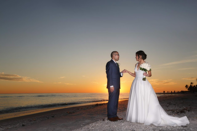 sanibel island bride and groom photograph