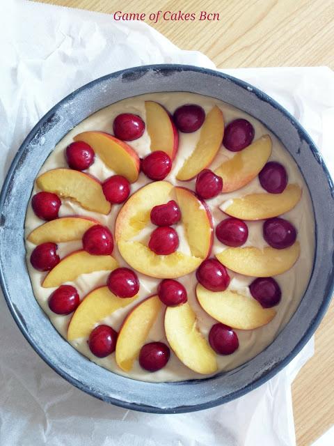 Tarta de nectarinas y cerezas