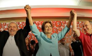 Dilma dá posse a Lula como ministro da Casa Civil