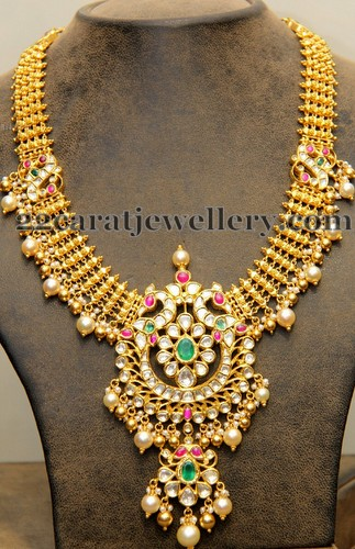 Gold Classy Haram With Trendy Locket Jewellery Designs