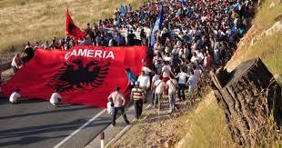 Πορεία των Τσάμηδων προς τα ελληνικά σύνορα