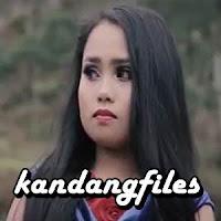 Lirik dan Terjemahan Lagu Fadila Sukma - Diam Diam Manyakiti