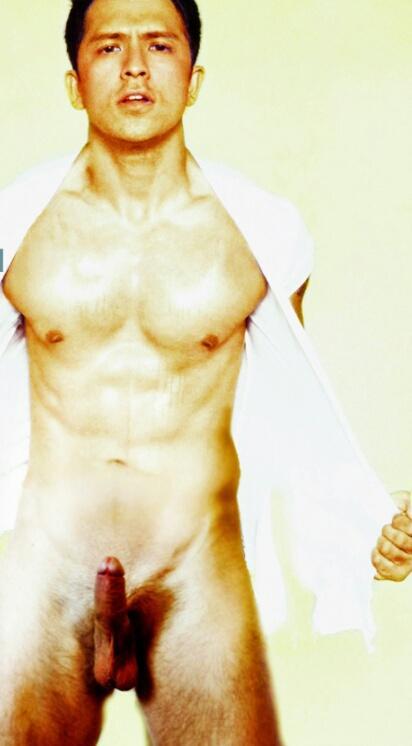 Dennis Trillo Nude Pictures 53