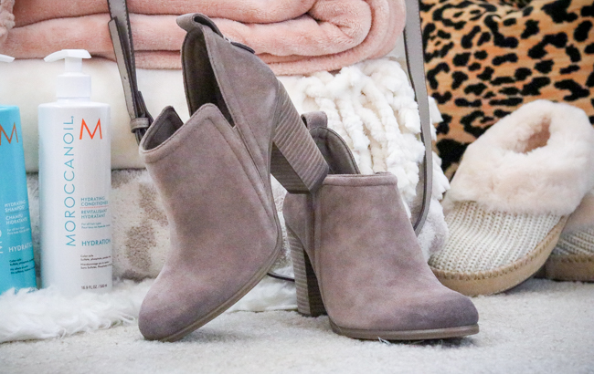 vince camuto francia booties tan