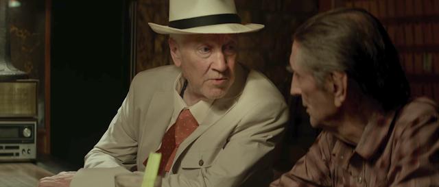 Howard (David Lynch) et Lucky (Harry Dean Stanton) dans Lucky
