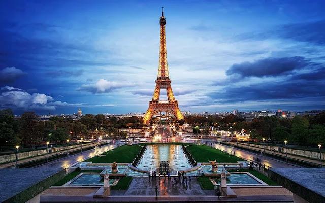 Top 5 Places to visit in Paris,Tourist Attractions in Paris
