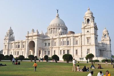 Victoria-Memorial.