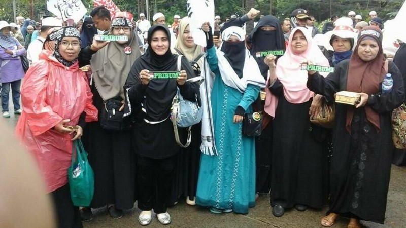 Aksi meniup isu pribumi-non pribumi di demo 313