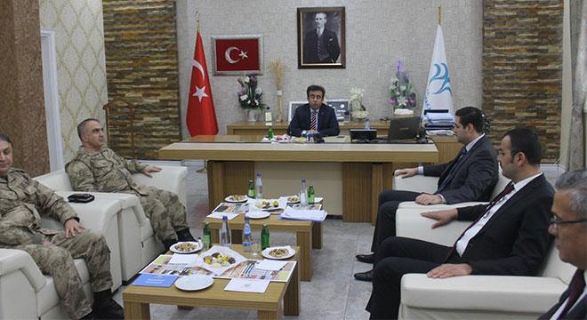 Diyarbakır Valisi Hasan Basri Güzeloğlu'ndan Bismil'e ziyaret